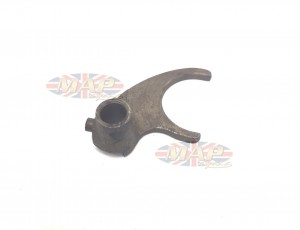 Triumph 5-speed, Selector Fork, First Gear Layshaft 57-4368